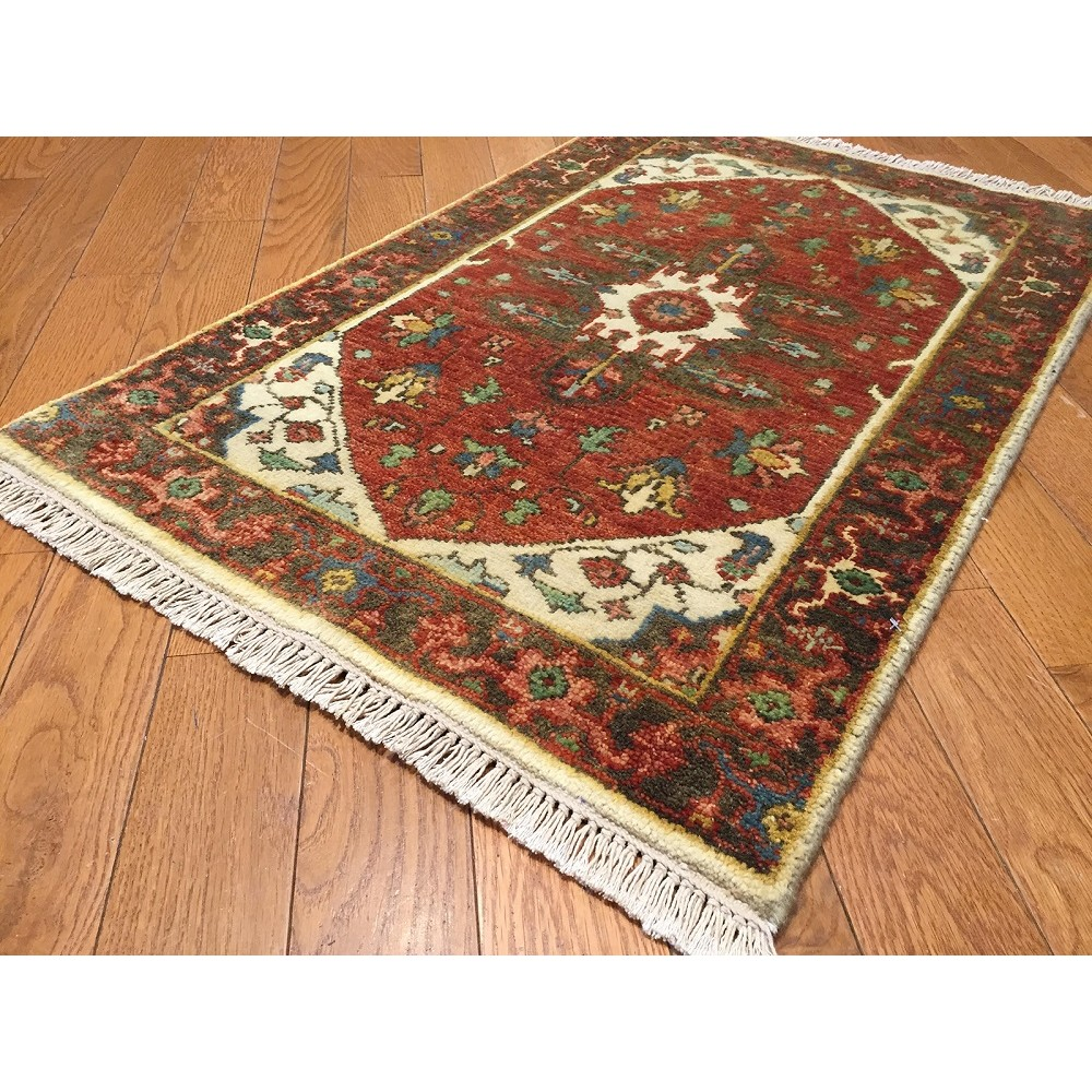 "Size 4'0""x6'0"" Serapi Collection Hand Knotted Wool Rug"
