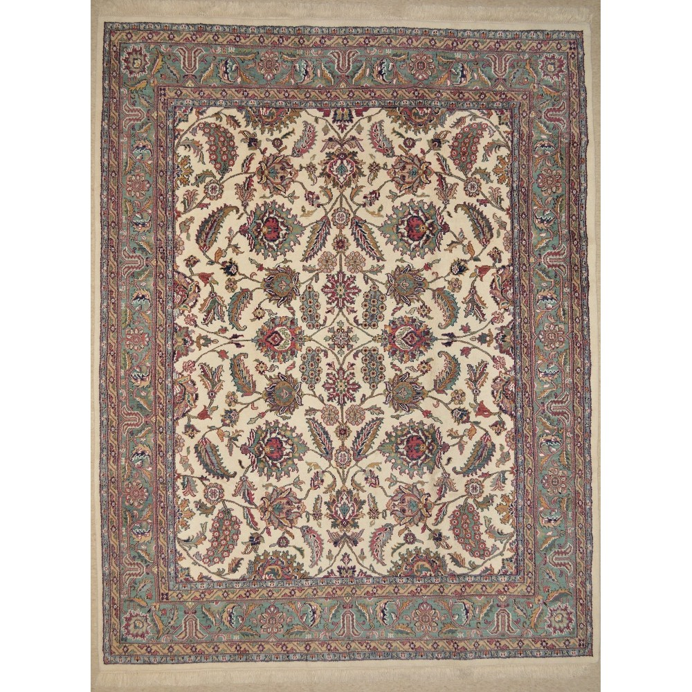 Size 7 39 9 x 9 39 9 isfahan wool rug from india for Home inspired by india rug